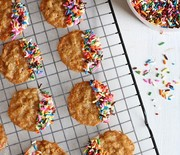 Thumb_white-chocolate-funfetti-oatmeal-lace-cookies-550x761