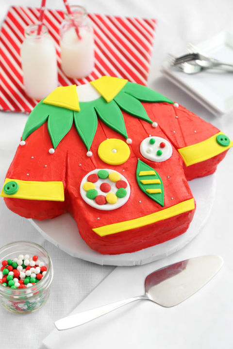 Gallery-1479329520-ugly-christmas-sweater-cake-sprinkle-bakes
