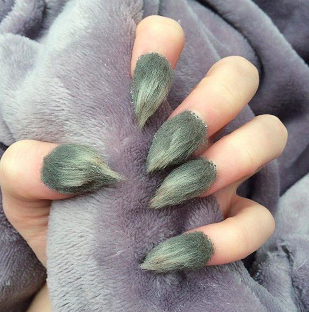 Furry-grinch-nails