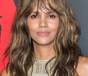 Thumb_halle_berry