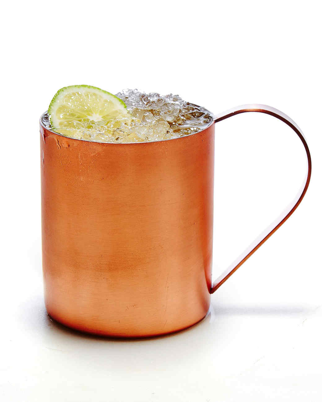 Moscow-mule-cocktail-102882437_vert