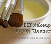 Thumb_diy-makeup-brush-cleaner-660x481