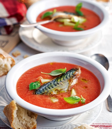 576839-1-eng-gb_chilled-tomato-with-grilled-mackerel-470x540