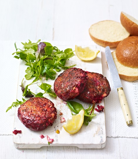 699363-1-eng-gb_beetroot_burgers-470x540