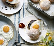 Thumb_654944-1-eng-gb_egg-and-black-pudding-on-a-scottish-morning-roll-470x540