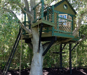 Thumb_terra-verde-treehouse_sq
