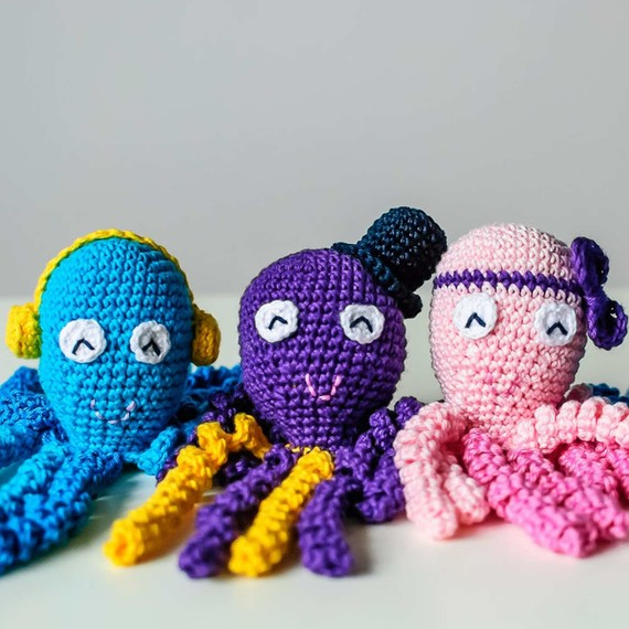 Crochet Octopus Preemie : You Can Crochet an Octopus Toy to Help Comfort Premature Babies ...