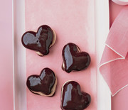 Thumb_chocolate-hearts-msl212_sq