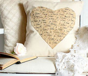 Thumb_gallery-1484850516-je-taime-a-valentines-pillow