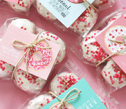 Thumb_gallery-1453842265-valentines-donuts-635