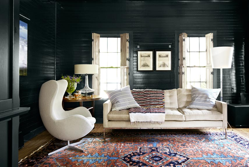 1484939540-black-shiplap-living-room-country-living-austin-open-to-change