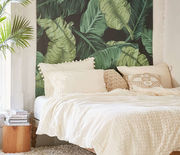 Thumb_1482960190-syn-clg-1482863715-hbu-overdone-trends-palm-leaf
