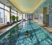 Thumb_new-york-13-spa-and-wellness-pool-01