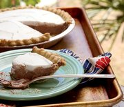 Thumb_chocolate-coconut-cream-pie-1000
