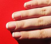 Thumb_elle-french-manicure