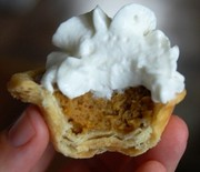 Thumb_mini-pumpkin-pies-332x500