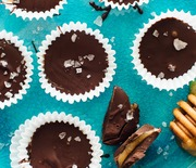 Thumb_honey-sweetened-chocolate-peppermint-cups-3