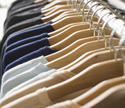 Thumb_clothes-on-rack