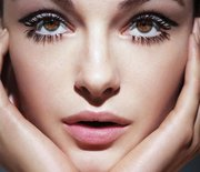 Thumb_face-eyelashes_gal