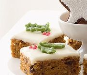Thumb_carrot-cake-bars