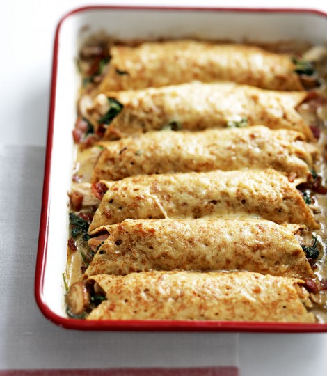 476888-1-eng-gb_creamy-chicken-spinach-and-pancetta-pancakes-470x540