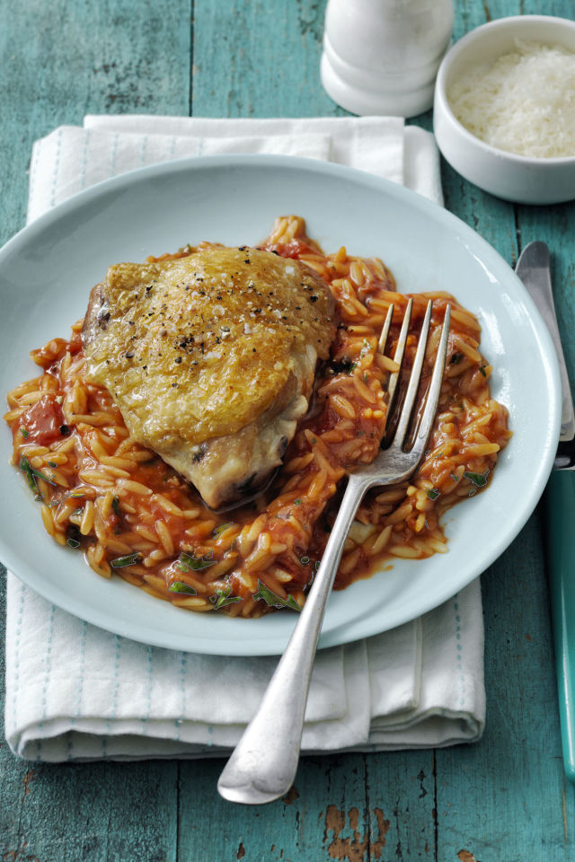 Gallery-1488552829-recipe-chicken-orzo-0417