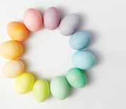 Thumb_egg-dyeing-app-d107182-color-wheel-light0414_horiz