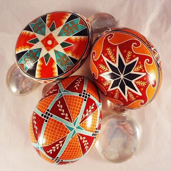 Orange-trio-pysanka-0215_sq
