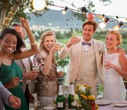 Thumb_wedding-guests-main-1000