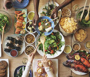 Thumb_dining-friends-restaurant-740