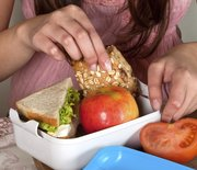 Thumb_packing_lunch