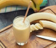 Thumb_probiotic-foods-banana-kefir-smoothie