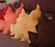 Thumb_fall-pillows-made-from-inexpensive-placemats