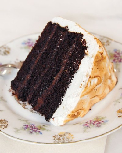 Chocolate-cake-with-malted-chocolate-ganache-and-toasted-marshmallow-frosting-recipe-400x500