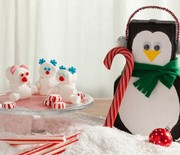 Thumb_cs11hol025_partyholidaypeppermintpenguins_ptbn-620x413