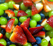 Thumb_fruit-salad-with-honey-lime-dressing