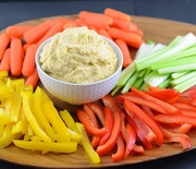 Thumb_easy-homemade-hummus-3