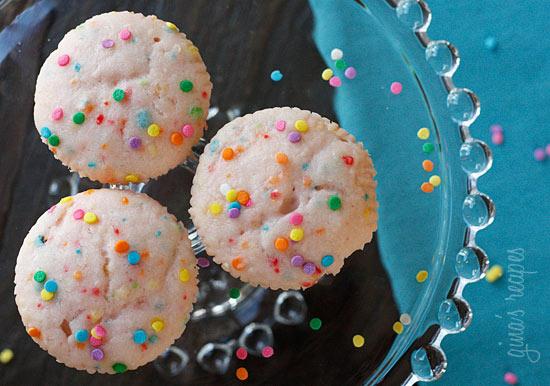 Pink Lemonade Confetti Cupcakes – PinLaVie.com
