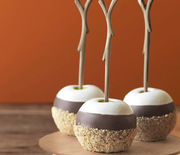 Thumb_triple-dipped-smores-apples-recipe-clv1012-de