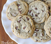 Thumb_chewy-chocolate-chip-cookie