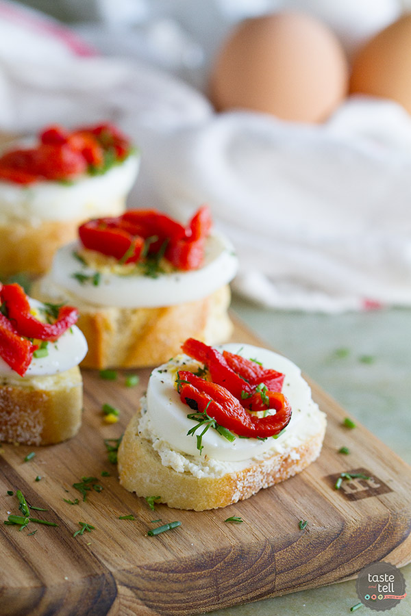 Egg-pepper-crostini-recipe-tasteandtellblog.com-1