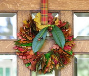 Thumb_an-instant-warm-welcome-creative-thanksgiving-wreath-ideas_03
