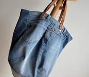Thumb_upcycling-blue-jeans-into-a-bag