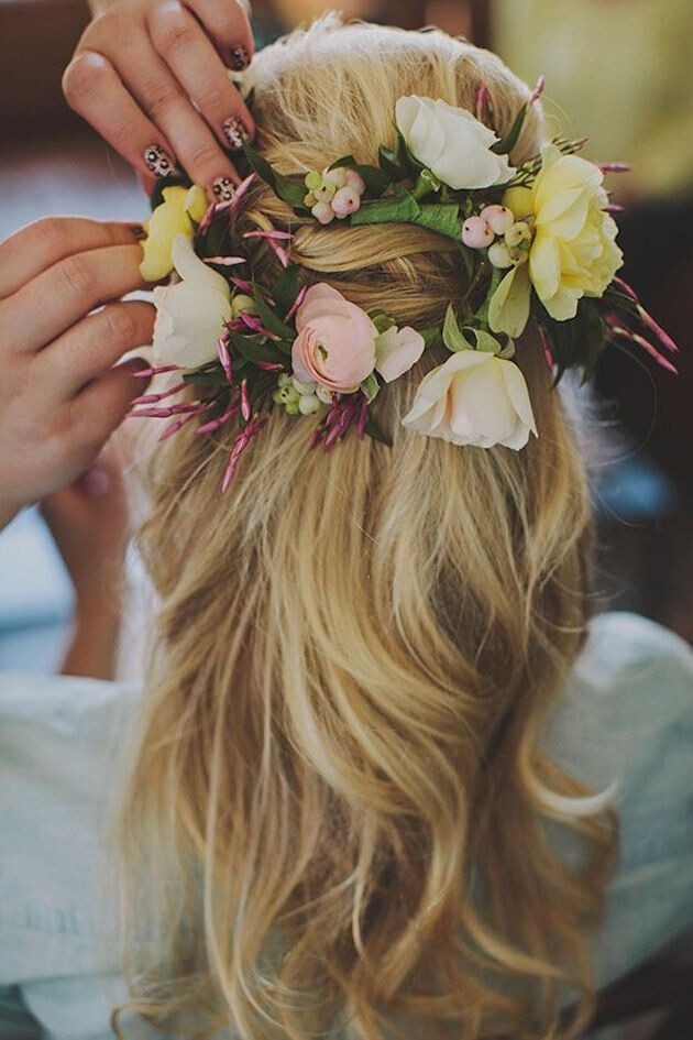 Half-up-wedding-hairstyle-with-flowers