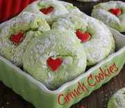 Thumb_grinch-cookies-in-katrinas-kitchen-058-text-500