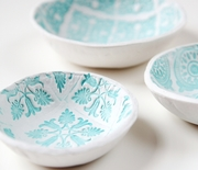 Thumb_diy-stamped-clay-bowls-new