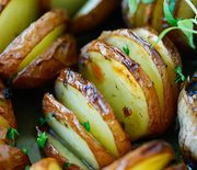 Thumb_garlic_herb_roasted_potato2