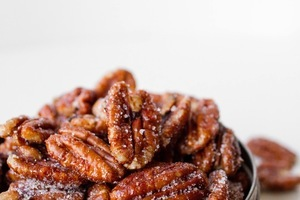 Box_sweet-and-spicy-pecans
