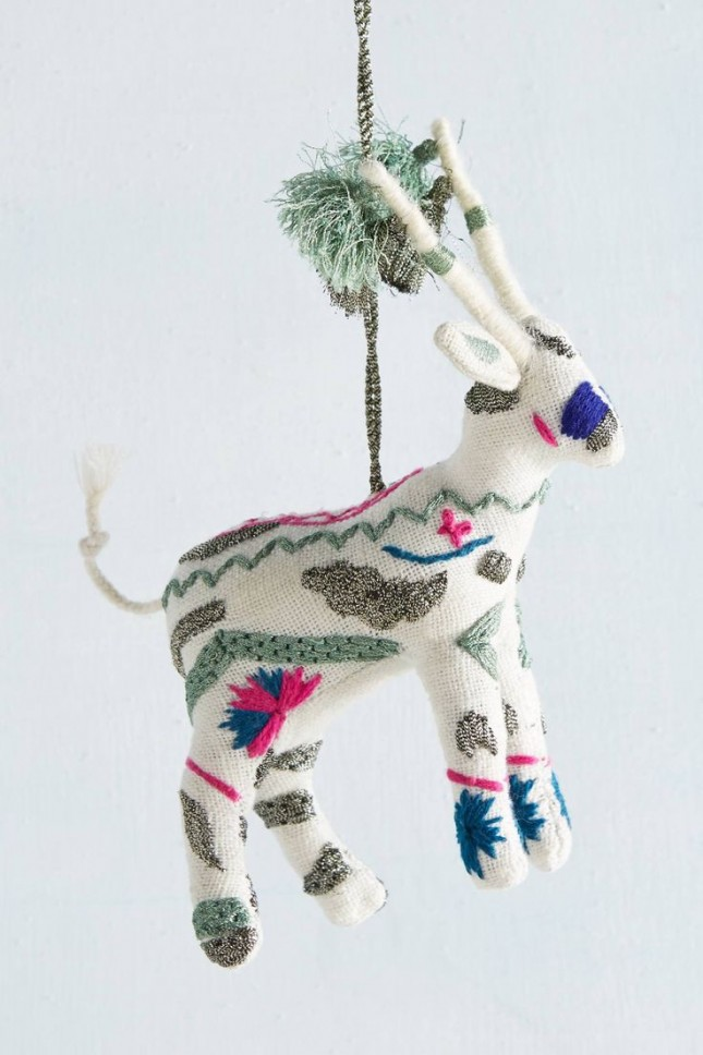 Embroidered-deer-ornament-645x968