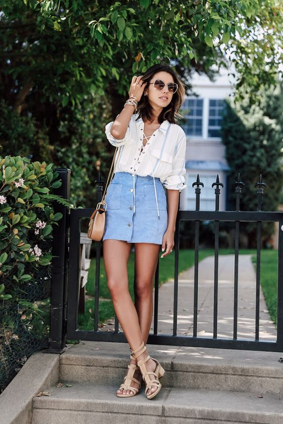 Denim-skirt-and-white-shirt-outfit